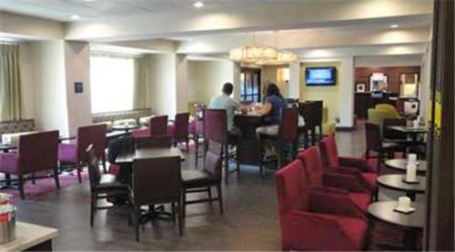 Hampton Inn Ozark Photo