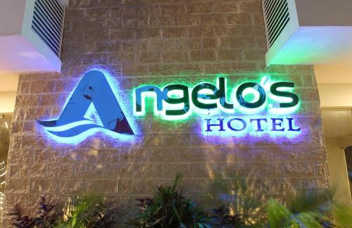 Angelo's Hotel Photo
