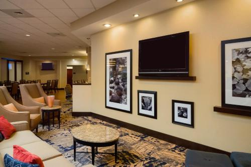 Hampton Inn & Suites Hershey Photo