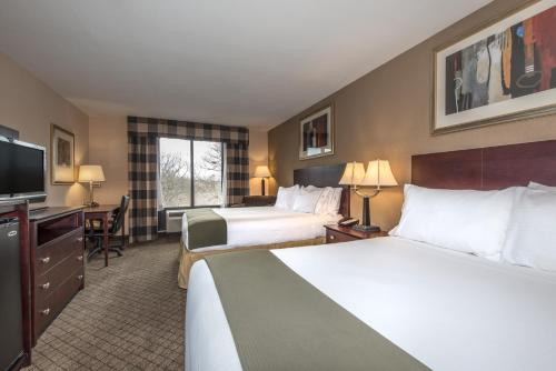 Holiday Inn Express Hotel & Suites Lavonia - Lavonia, GA 30553