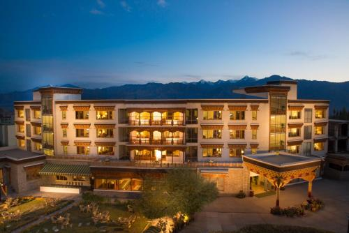 Hotels In Leh To Witness the Himalayan Paradise