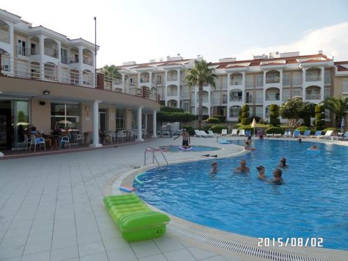 Side Side Two-Bedroom Apartment 1 online rezervasyon