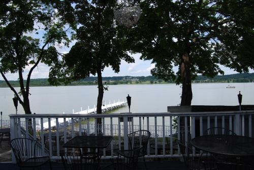 The French Country Inn Lake Geneva Photo