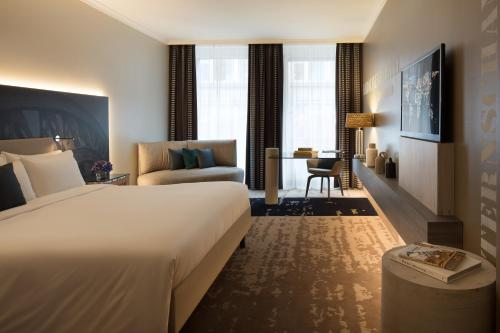 Renaissance Hamburg Hotel, A Marriott Luxury & Lifestyle Hotel photo 22