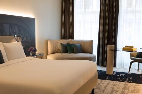 Renaissance Hamburg Hotel, A Marriott Luxury & Lifestyle Hotel photo 24