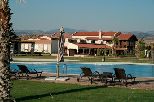 Seferihisar Konvoy Hotel & The Country Club fiyat