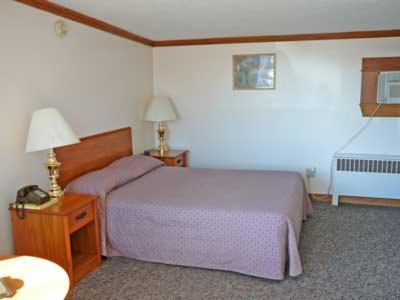 Lincoln House Motel Photo