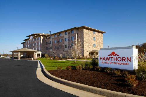 Hawthorn Suites by Wyndham Bridgeport Photo