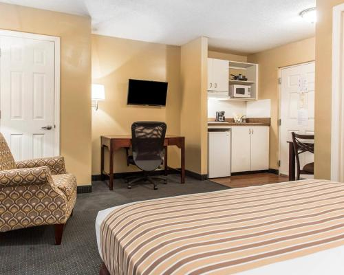 Suburban Extended Stay Kennesaw Photo