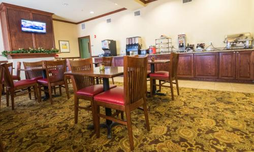 Country Inn & Suites By Carlson Meridian Photo