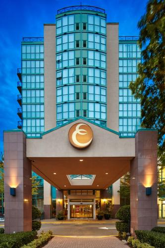 Executive Plaza Hotel, Coquitlam, green hotel in Coquitlam, Canada