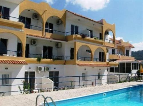 Holidays Apartments - Parodos Acropoleos, Ialyssos Greece