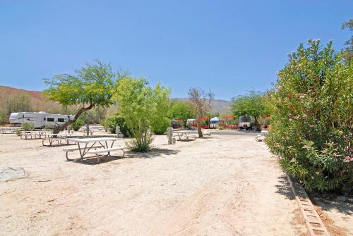 Palm Canyon Hotel and RV Resort Photo
