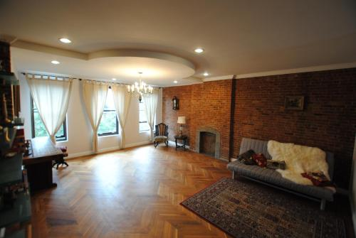 Historic Harlem Duplex Photo
