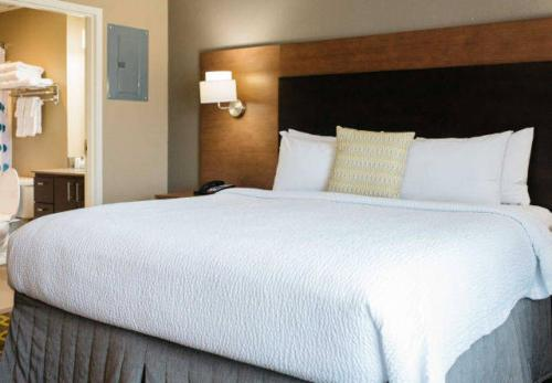TownePlace Suites by Marriott Oxford Photo