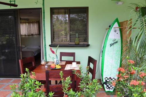 Mavi Surf Hotel Dominical Photo
