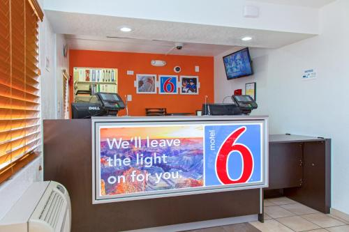 Motel 6 Phoenix Airport - 24th Street photo 15