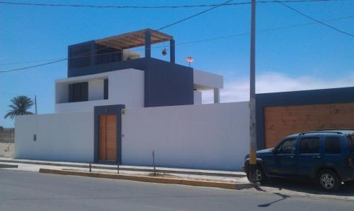 Los Libertadores Paracas Beach House Photo