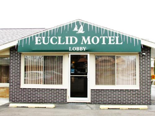 Euclid Motel Photo