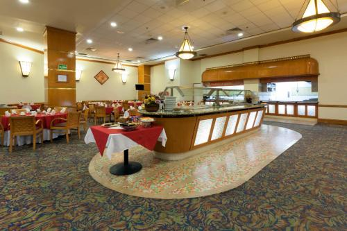 Best Western PLUS Nuevo Laredo Inn & Suites Photo