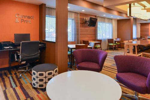 Fairfield Inn Jacksonville Orange Park Photo