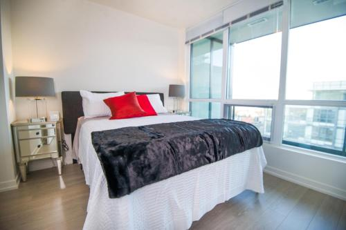 Executive Suites by Roseman Calgary - Waterfront Photo