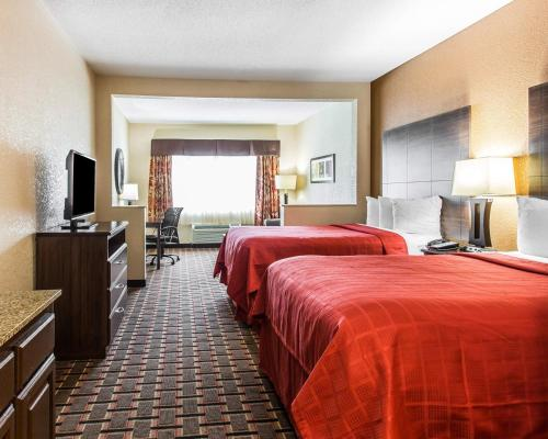 Quality Suites Convention Center - Hickory Photo