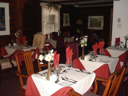 Auberge Alpine Inn Photo