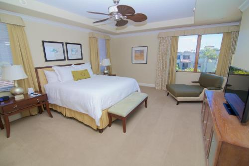 Dolphin Bay Resort and Spa Photo