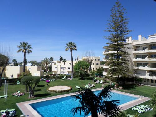 holidays algarve vacations Vilamoura Parque Mourabel Oasis Village & Pe do Lago