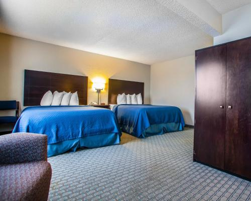 Quality Inn & Suites Ankeny Photo