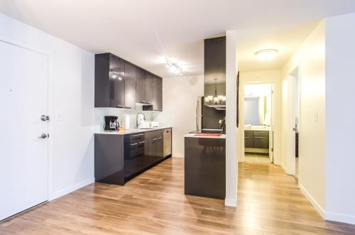 Puget Gold Apartment Photo