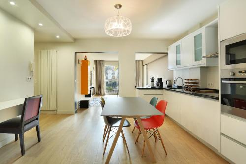 Apartment Neuilly photo 5