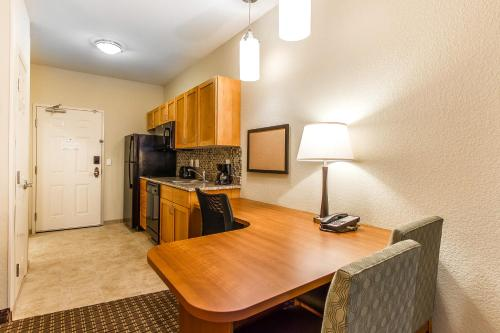 MainStay Suites Stanley Photo