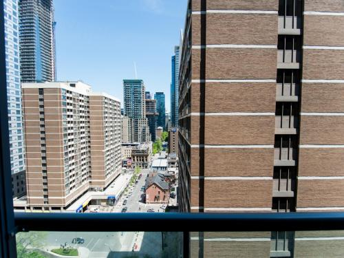 Toronto Furnished Accommodations - Yorkville Photo