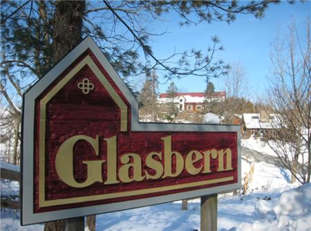 Glasbern Inn Photo