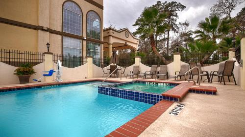 Best Western Plus New Caney Inn & Suites - New Caney, TX 77357