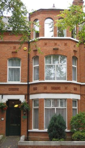 Photo of Avenue House Guest House Hotel Bed and Breakfast Accommodation in Belfast Antrim