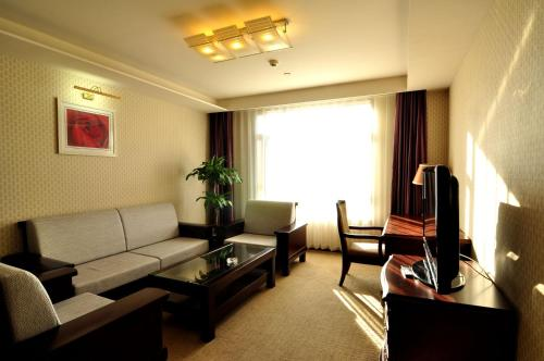 National Jade Hotel photo 10
