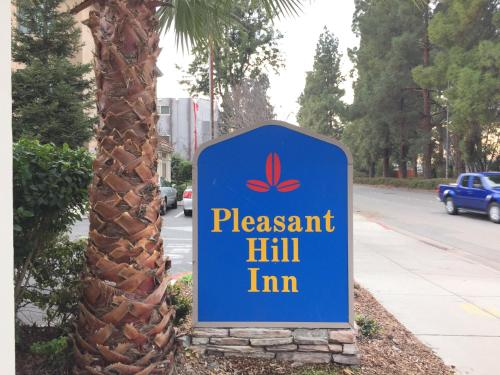 Pleasant Hill Inn Photo