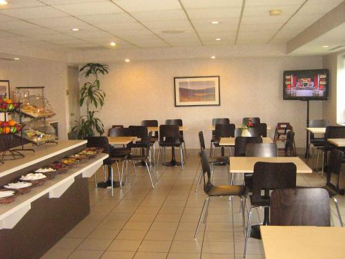 Quality Suites Laval Photo