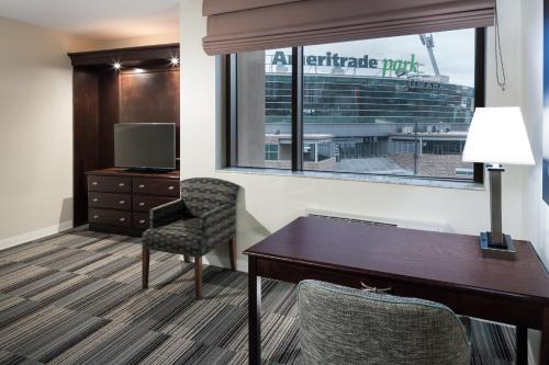 Hampton Inn & Suites Omaha-Downtown in Omaha
