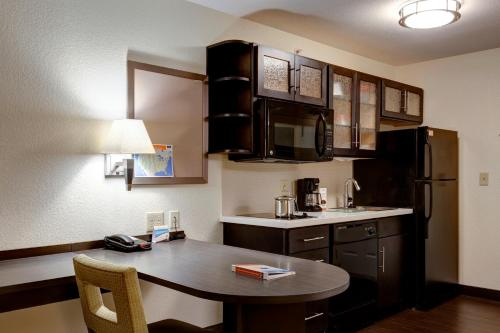 Candlewood Suites Manhattan Photo