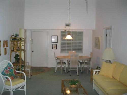 Apartment 264V, Condos at New Smyrna Beach Photo