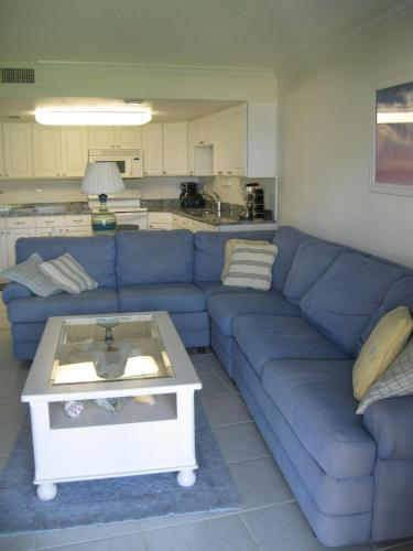 Apartment 219 Surfside Photo