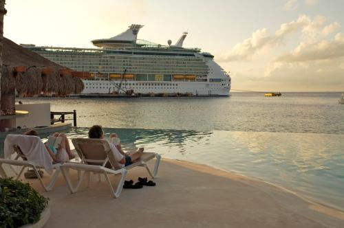 Grand Park Royal Cozumel All Inclusive Photo