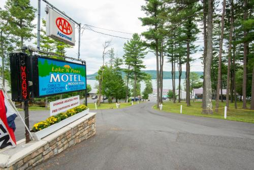 Lake 'N Pines Motel Photo