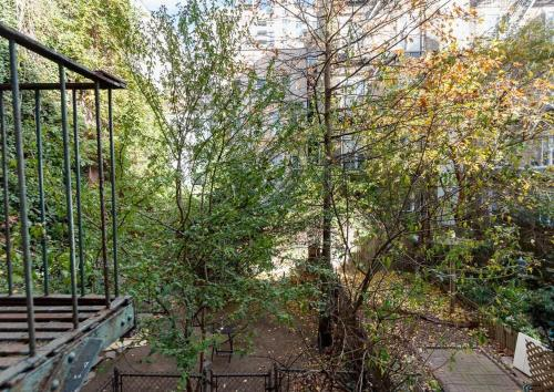 GRAMERCY PARK SPACIOUS 1 BR APT Photo