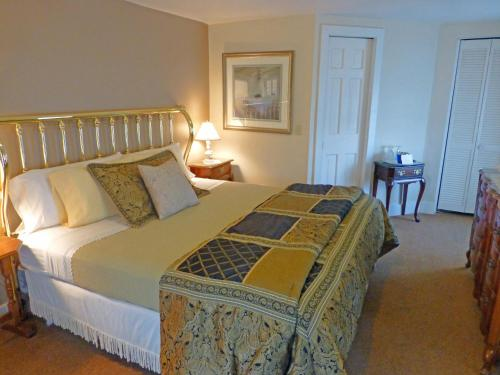 Fox And Hound Bed & Breakfast Photo