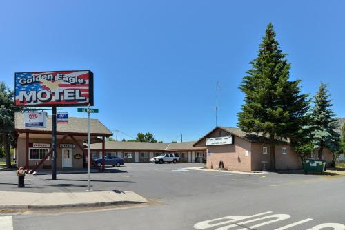 Golden Eagle Motel Photo